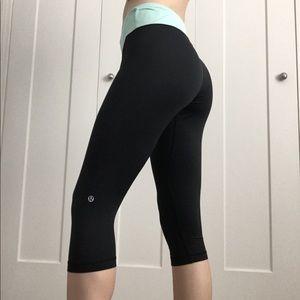 Lululemon wet•dry•warm black cropped leggings